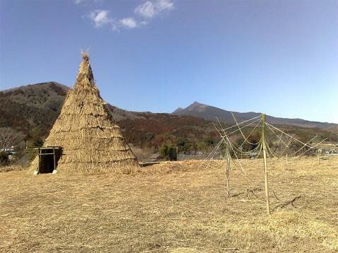 アートサイト八郷の家と筑波山