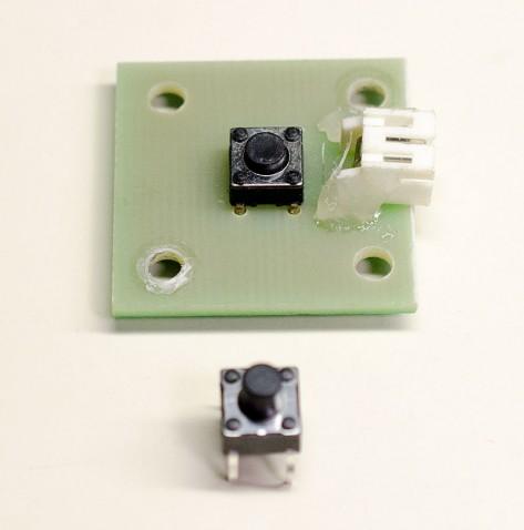 スイッチの基盤と新しい部品